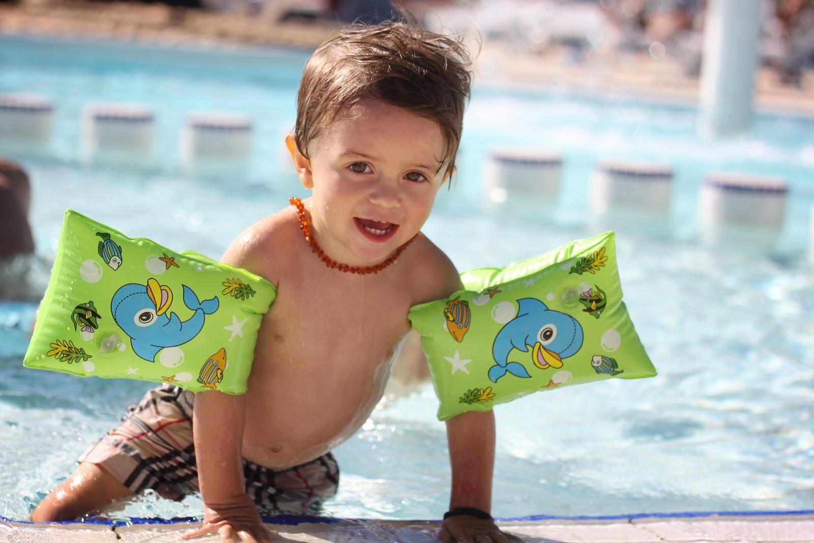 Moi A La Piscine rilazo: aprés midi piscine