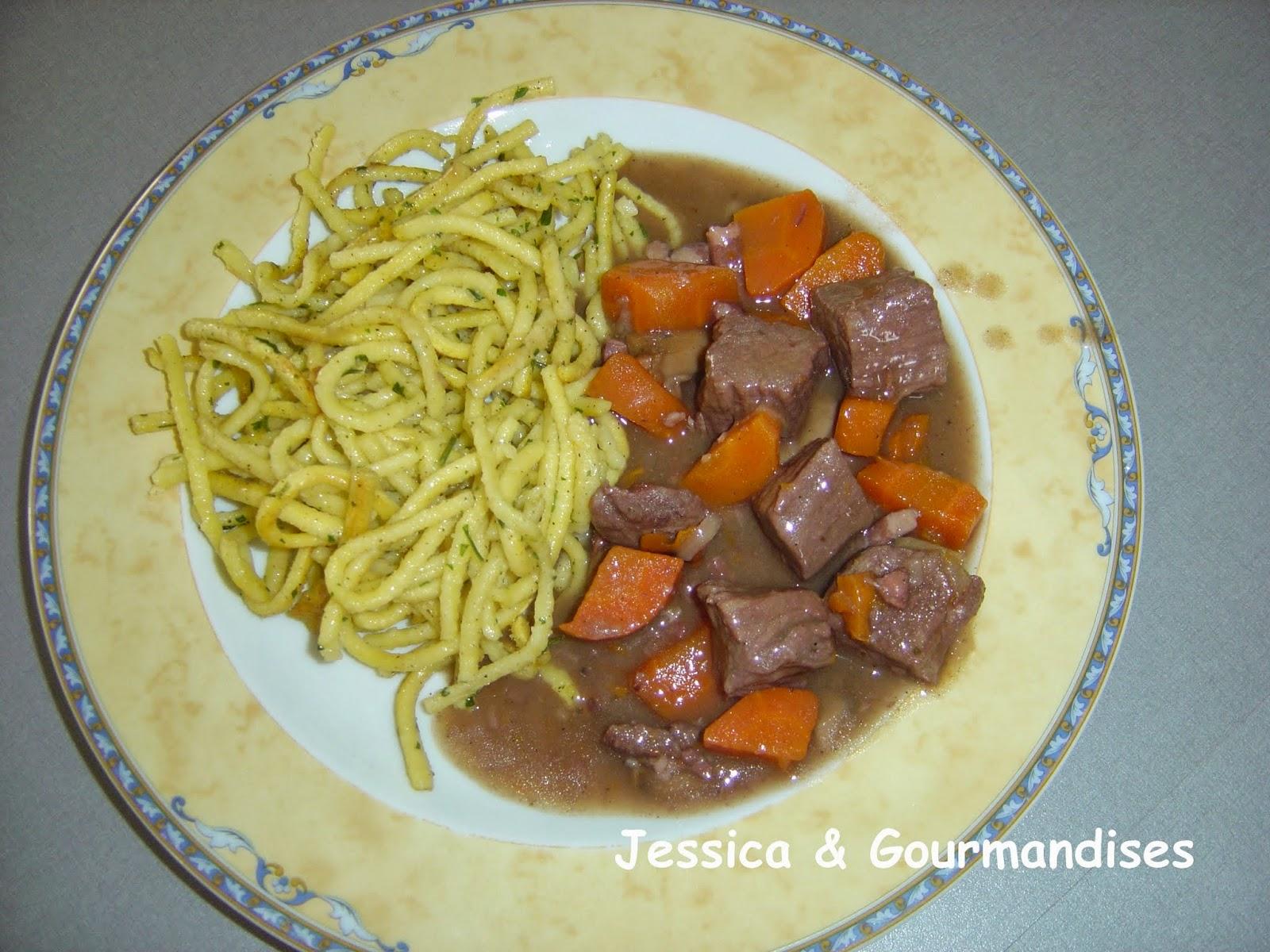 Jessica gourmandises boeuf bourguignon - Boeuf bourguignon cocotte minute ...