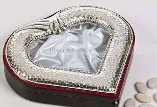 stefanothiki for wedding heart