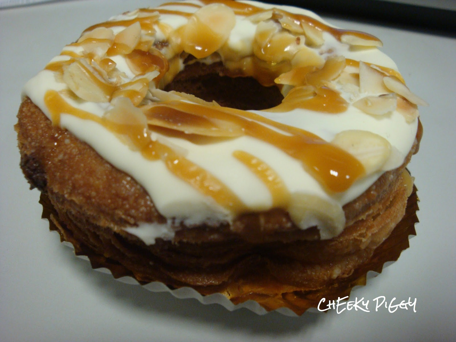Almond Caramel Croughnuts -Oh God it was delicious. :D
