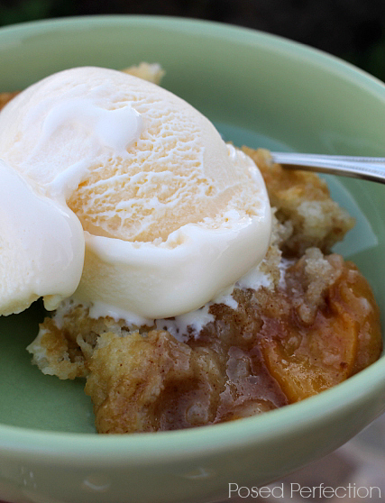 Perfect Peach Cobbler with Ice Cream