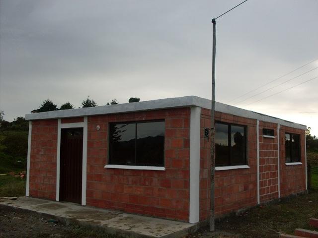 El zorro protector casas campesinas bloques sin cemento for Casas de cemento