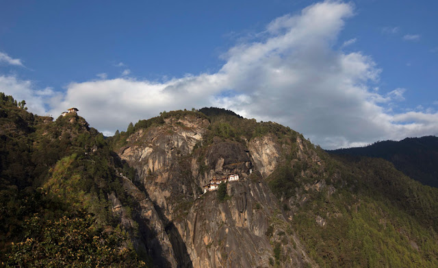 Sorprendentes monasterios,casi inaccesibles (fotos)