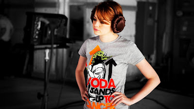 Emma Stone with interesting Design Hair Headphones HD Desktop Wallpaper