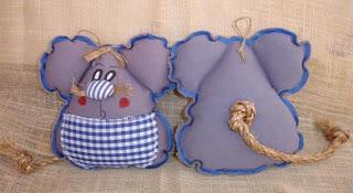 http://artesanio.com/detallets/ratoncito-perez+39698
