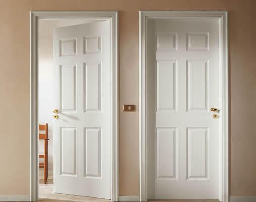 gõ cửa khi vào nhà