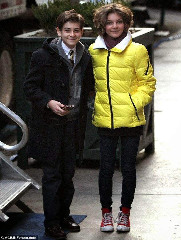 David Mazouz y Camren Bicondova en el rodaje de Gotham