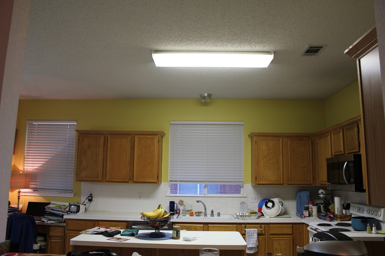 Fluorescent Kitchen Light Fixtures