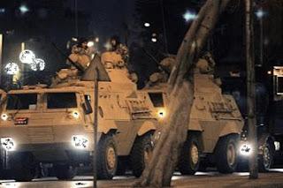 القوات المسلحة تنشر قواتها بشوارع القاهرة والمحافظات خلال الساعات المقبلة
