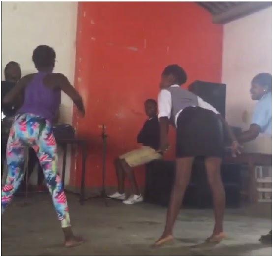 ghana-girl-twerking-meet-women-in-manchester-for-sex