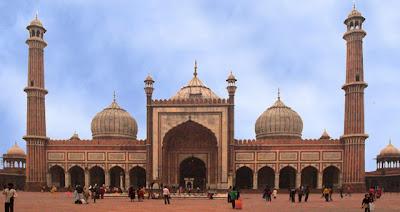 """<a href="""" http://1.bp.blogspot.com/-YWZTEdg7azA/USNJBiCluPI/AAAAAAAAB8w/TbX11aQ4uNw/s400/Masjid+Termegah+dan+Terbesar+di+Dunia7.jpg""""><img alt=""""Tempat beribadah umat islam, Masjid Termegah dan Terbesar di Dunia, Masjid Jami' Delhi, India """" src="""" http://1.bp.blogspot.com/-YWZTEdg7azA/USNJBiCluPI/AAAAAAAAB8w/TbX11aQ4uNw/s400/Masjid+Termegah+dan+Terbesar+di+Dunia7.jpg""""/></a>"""
