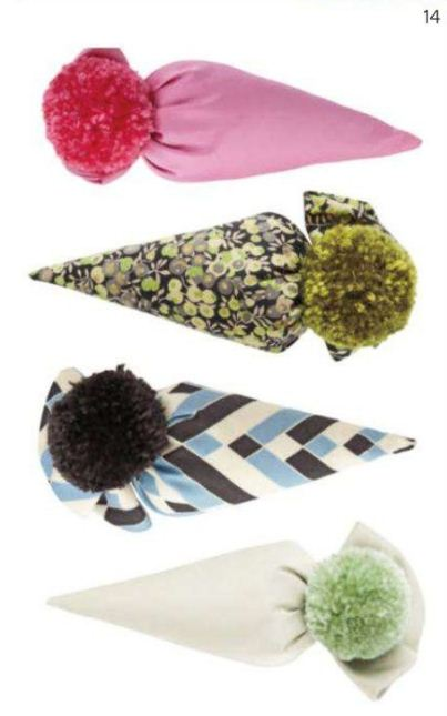 Sachet Pom-pommed cones of silk, satin, or cotton