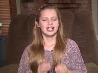 Kasian, Gadis Cantik Ini Bersin 12.000 dalam Sehari