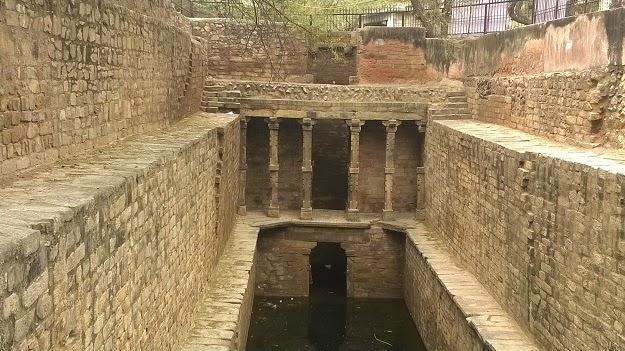In Search of Lost Water: Baolis of Delhi | 1100 Walks