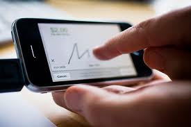 can use a mobile phone to reach square merchant account service