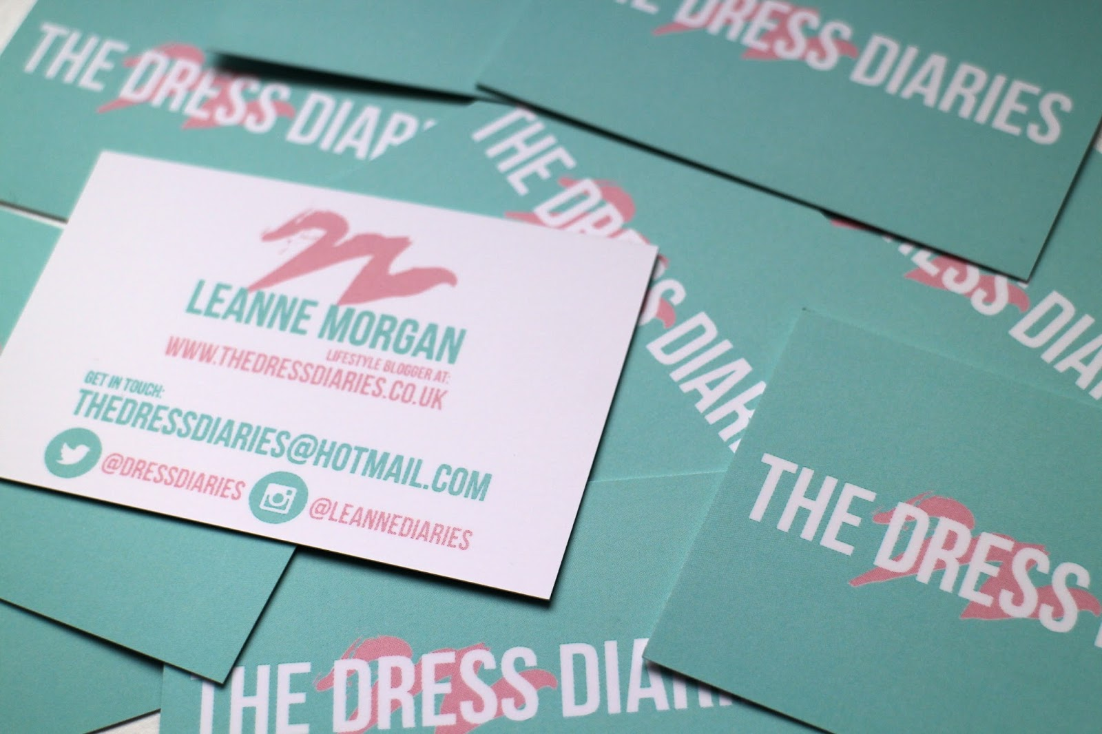 BUSINESS CARDS WITH STRESSFREEPRINT // | The Dress Diaries