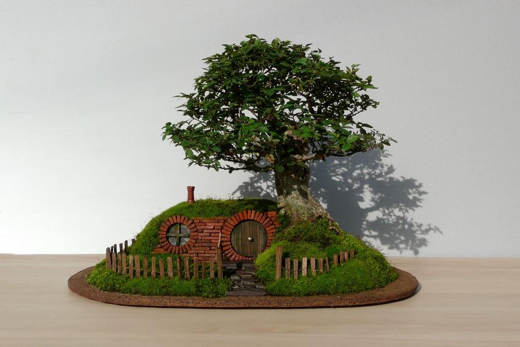 chris-guise-bag-end-bonsai-tree
