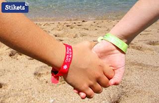 http://www.stikets.fr/bracelets-fr/bracelets-pour-enfants/bracelet-identification-enfant.html
