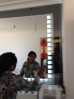 foto de espelho com luz de led mais jateamento fume e prata