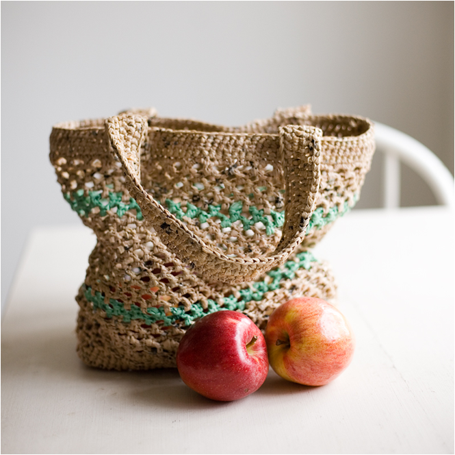Crochet Plarn Tote Bag Pattern : Art Threads: Friday Inspiration - Plarn!