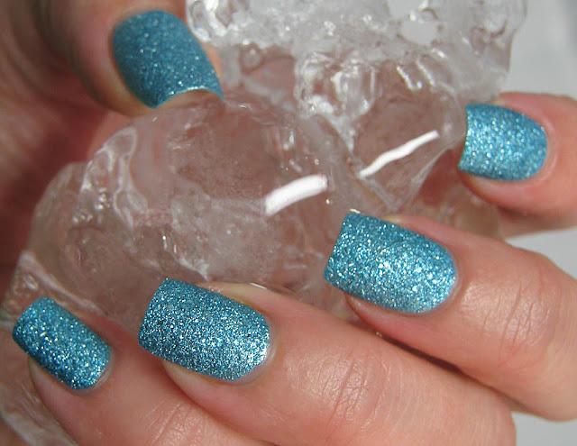 OPI Bond Girls Liquid Sand Tiffany Case