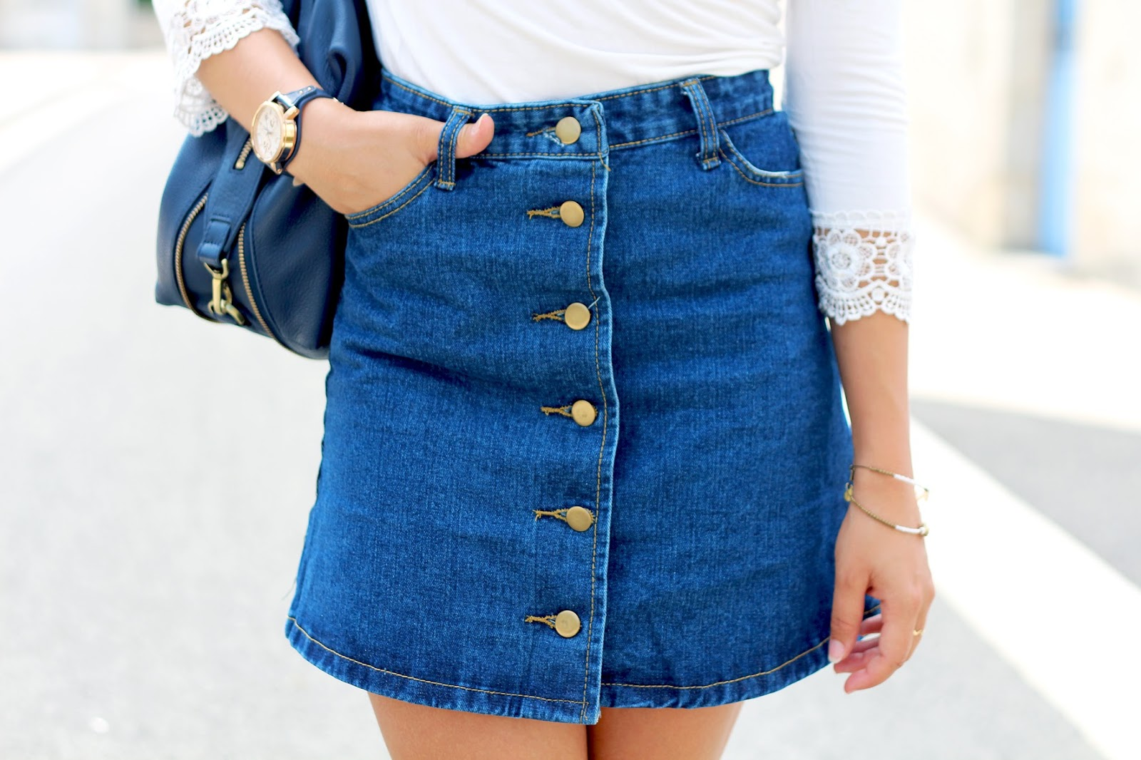 Jupe jean boutonnée devant