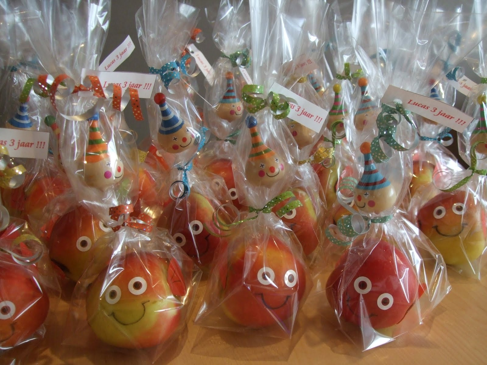 Eva's smulhuisje: kindertraktatie: appelvisje