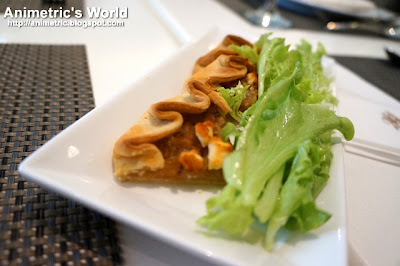Caramelized Onion and Goat Cheese Tart Salad at The Cake Club