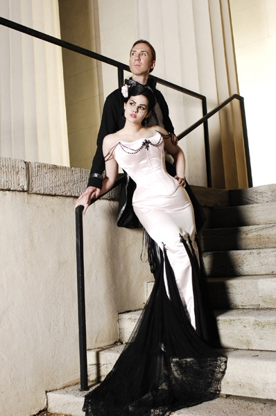 Simple Gothic Wedding Dresses