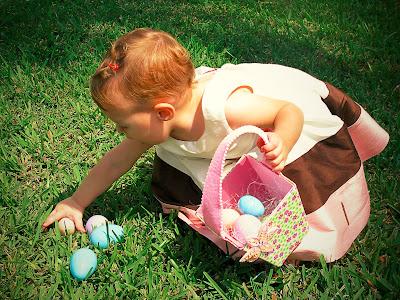 A verdadeira magia está dentro de nós, em nossos corações...  Que nessa páscoa você lembre disso amigo(a).  Feliz Páscoa!  Beijos de chocolate!