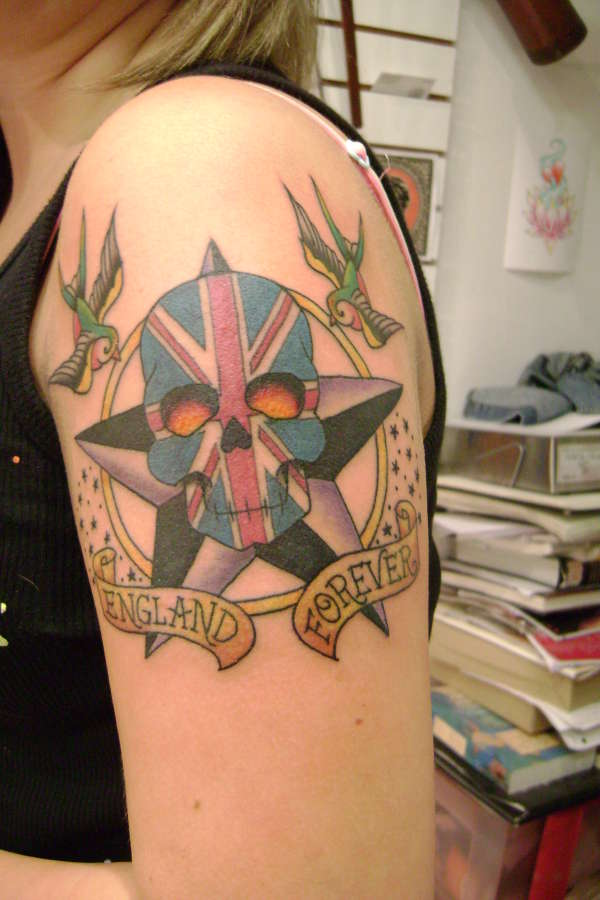 Tattoo update tatouage epaule femme - Tatouage femme epaule discret ...