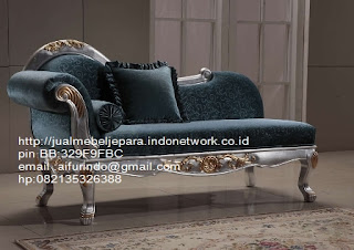 sofa klasik jepara Mebel klasik jepara sofa tamu klasik ukir sofa tamu klasik jati sofa tamu klasik modern sofa tamu klasik duco jepara mebel jati klasik jepara SFTM-33012 sofa klasik ukiran jepara