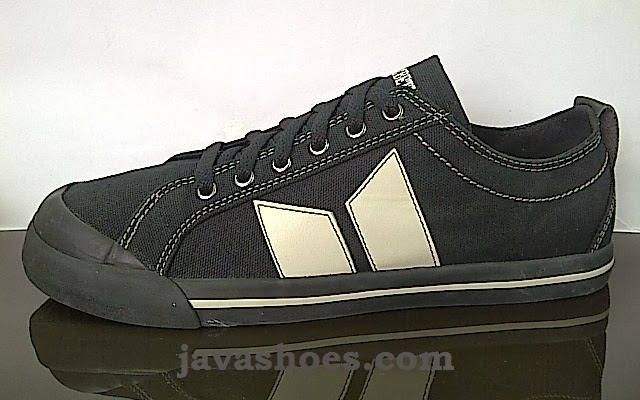 sepatu macbeth vegan black cement original