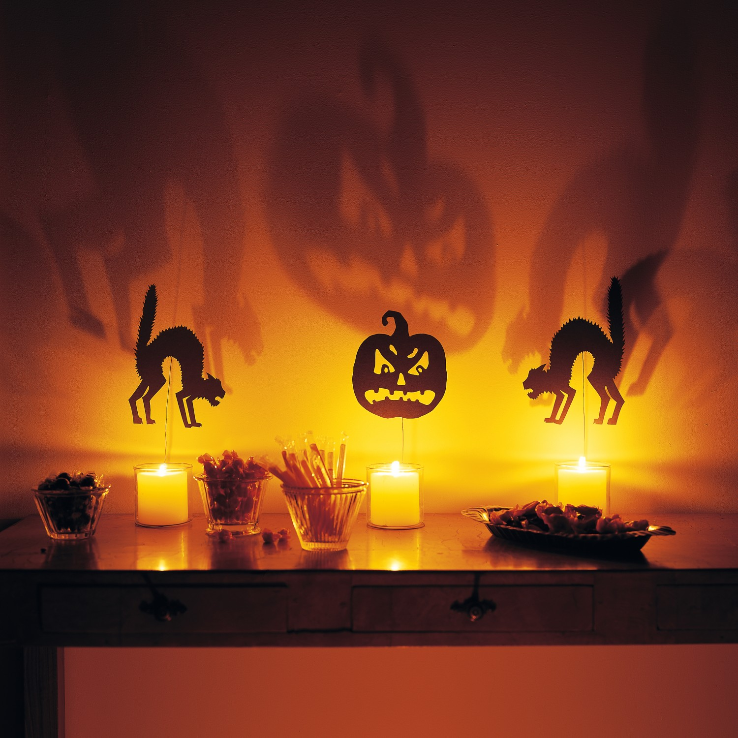 The Art Of Up Cycling Halloween Decorating Ideas Amazing Ideas For Halloween Decor