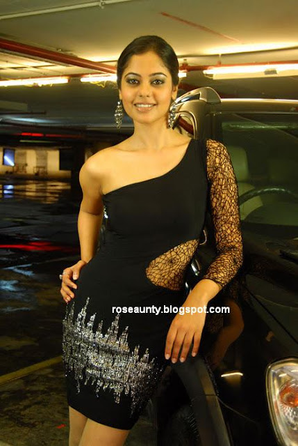 Bindhu Madhavi New Hot