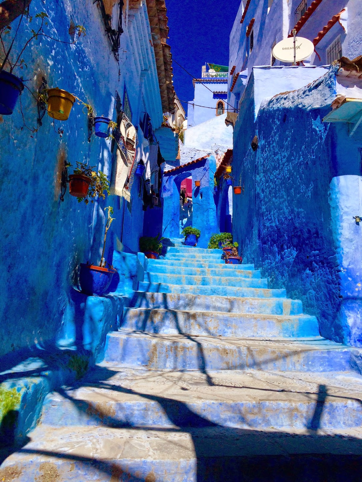chefchaouen blue city morocco steps