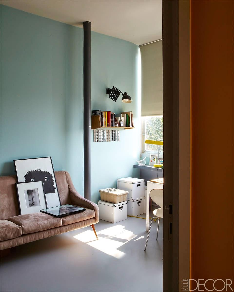 Renovierung einer Gertud Stein Wohnung im Sinne Le Corbusier in Paris: Büro im Mid-Century Design, skandinavisch