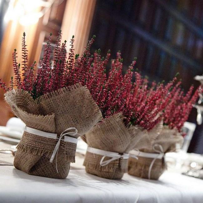 centros de mesa con arpillera