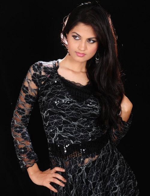 madhulika in black dress unseen pics