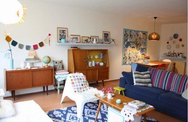Design Classic and Retro Living Room Beautiful Home Inspirations