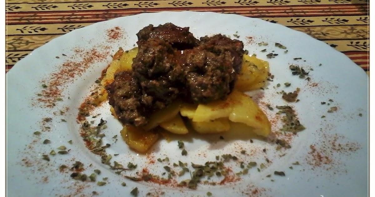Vuestras cocinas corzo picante marinado sobre una cama for Corzo con patatas