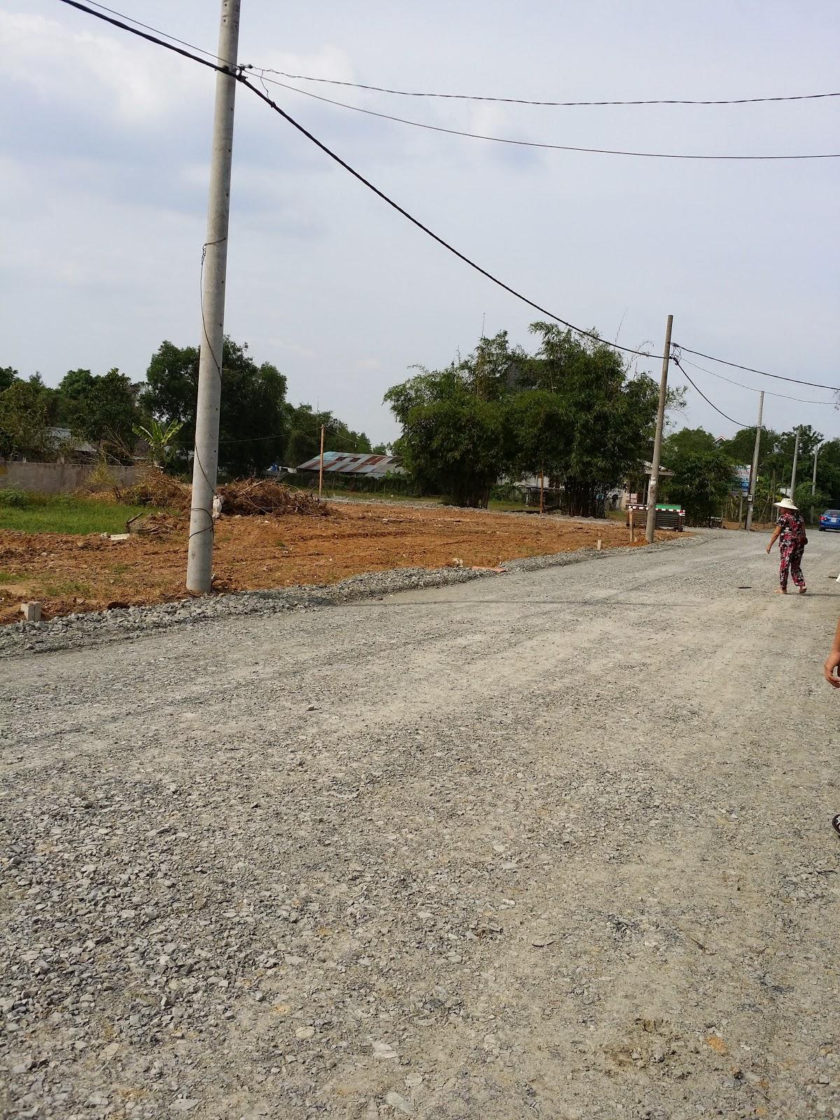 Đất nền ngay vòng xoay Phú Hữu đường vào biệt thự (ảnh 7)