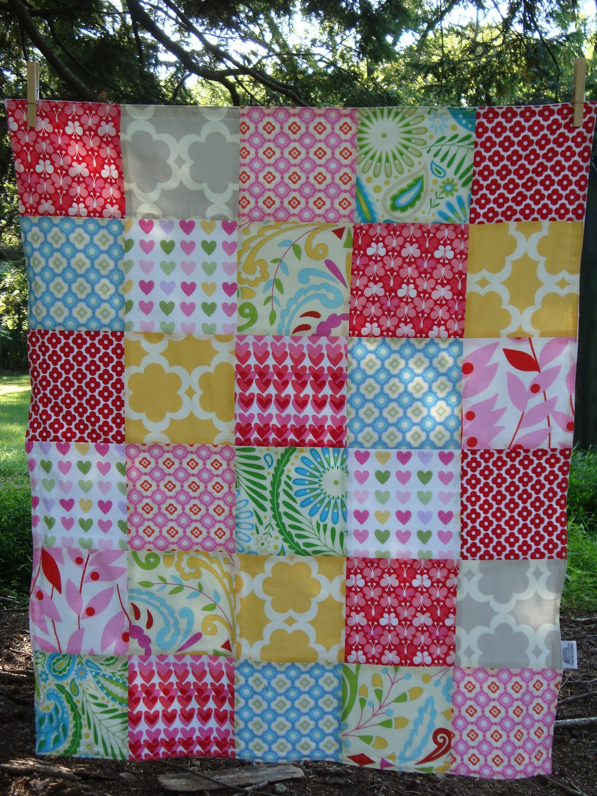 TEXTILE TROLLEY: How to make a patchwork baby blanket (no quilting ... : how to make a patchwork quilt - Adamdwight.com
