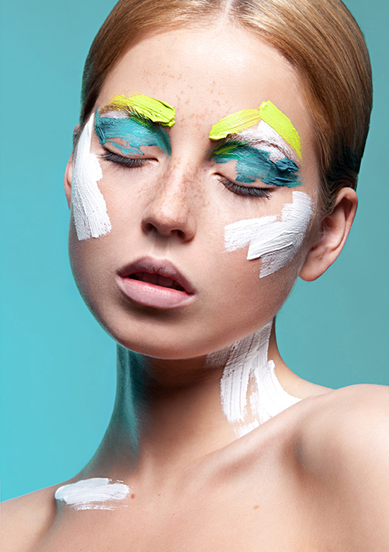 How to Become a Makeup Artist foto