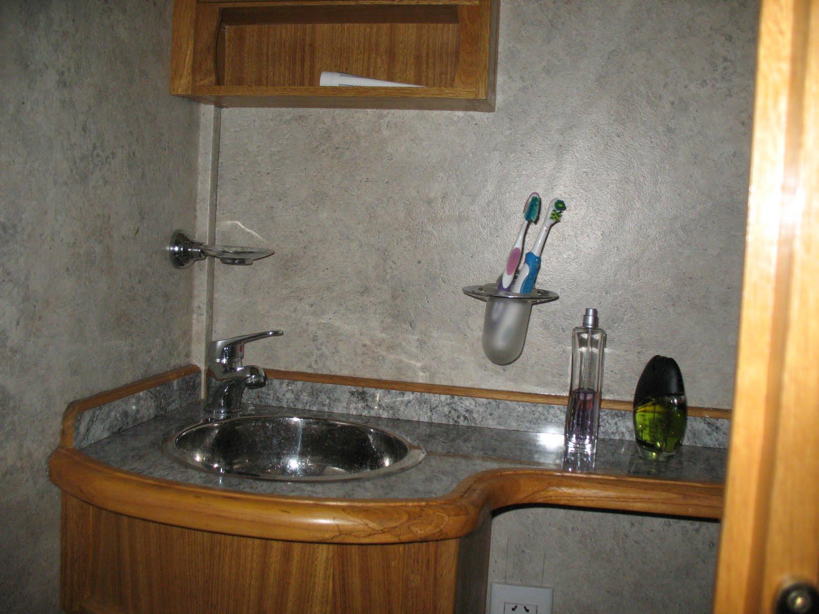 Bachas Para Baño De Bronce:Bacha de pileta de baño en acero inoxidable, griferia Fv monocomando
