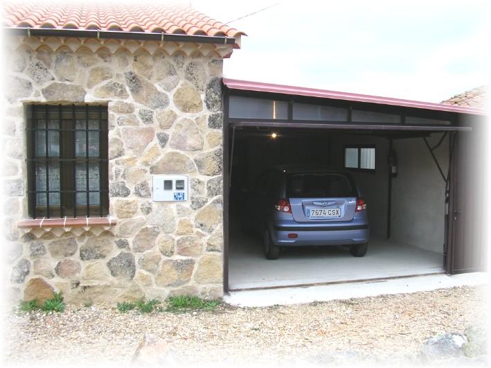 Jordi fran aise for Modelo de casa con garaje