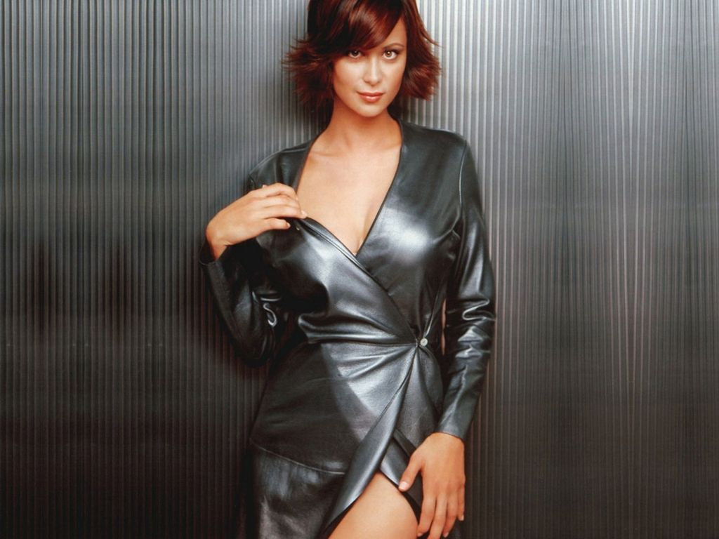 Booty Me Now Catherine Bell Hot Wallpapers 1024x768