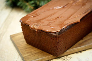 hot-cocoa-pound-cake