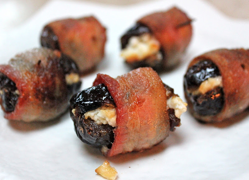 beurrista: bacon-wrapped cheese-stuffed dates