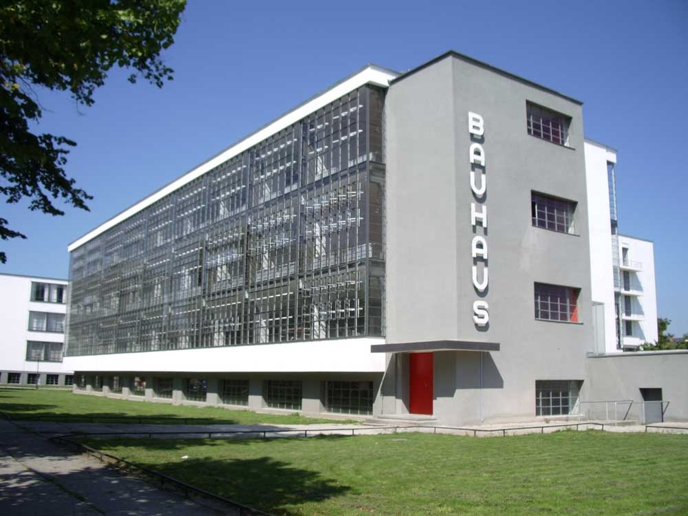 Ingenier a multimedia umng 17 historia del dise o for Bauhaus berlin edificio